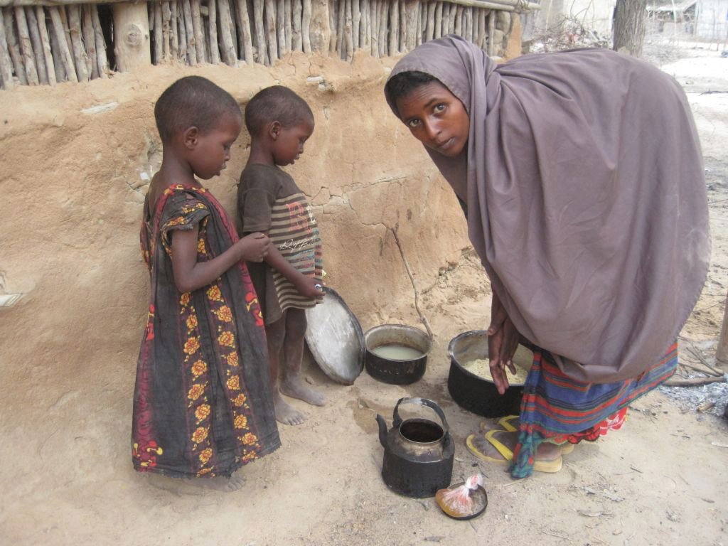poverty and health in somalia and africa The crisis in the horn of africa is a profound human disaster in the making and a warning to the world more than 11 million africans, mainly pastoralists in the dry lands of somalia, ethiopia.