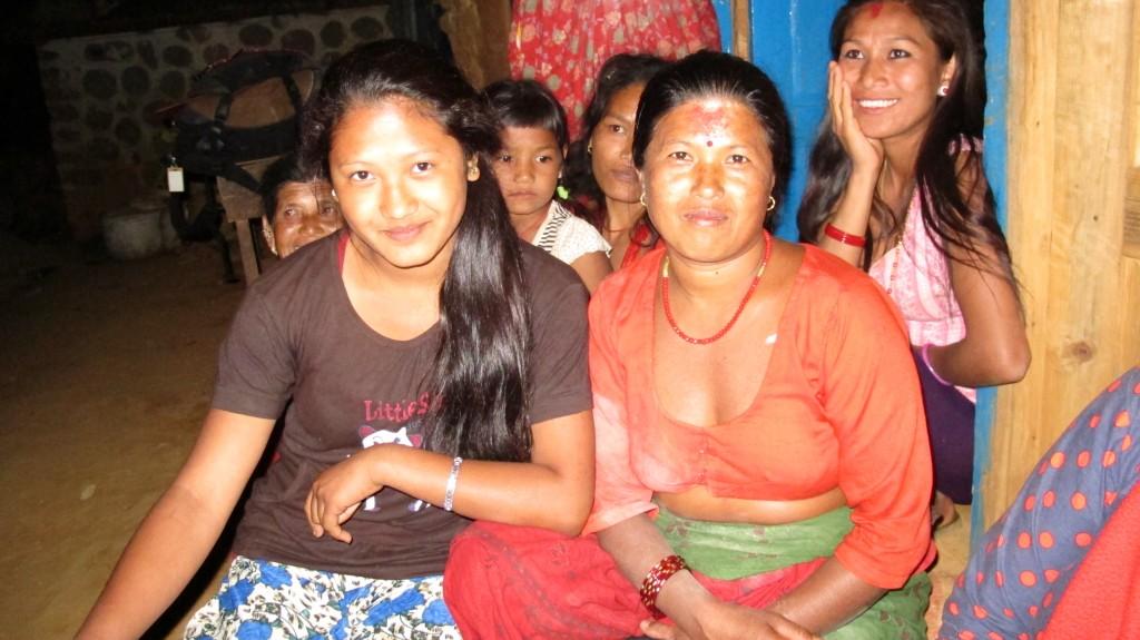Beautiful Lok and her daughter.