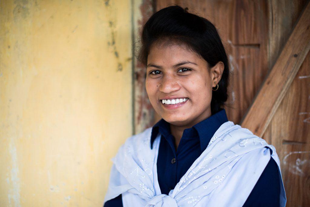 bangladesh-school-girl1-3