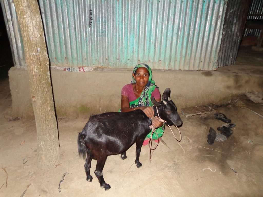 A single goat gave Khuki the start that she needed to support her family and gain a sense of dignity.