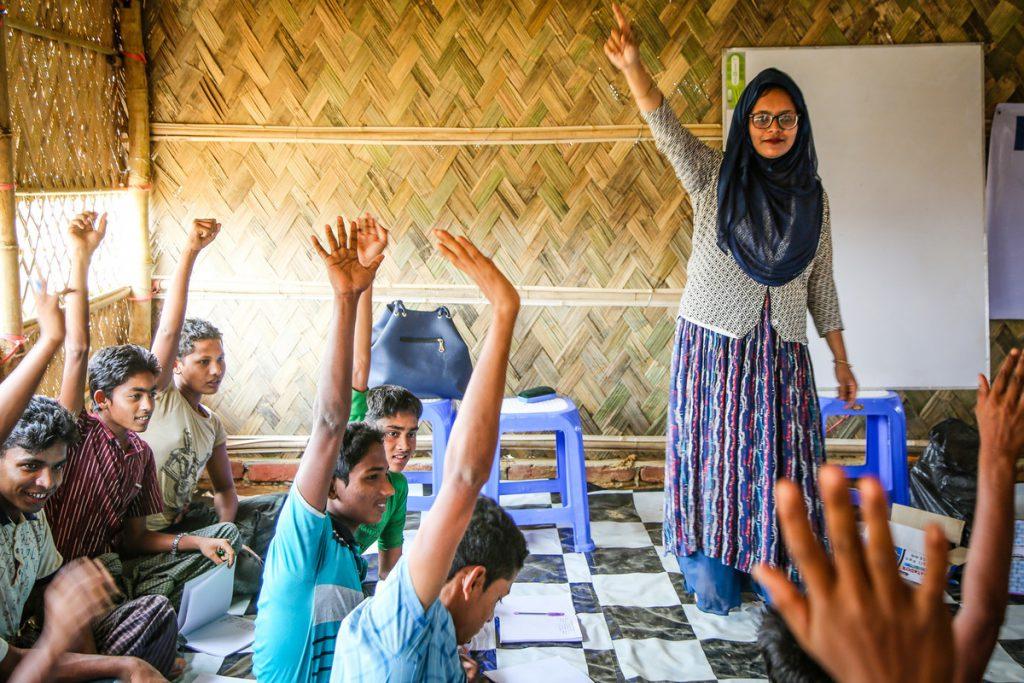 Kids go to school in a Rohingya refugee camp